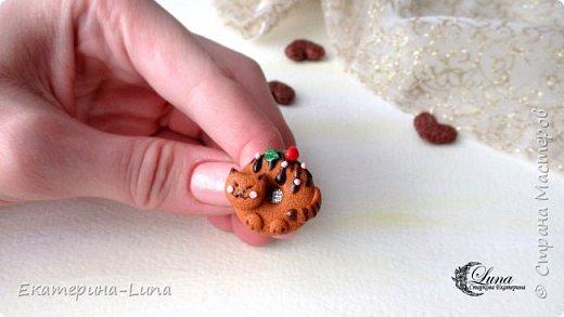 Кольцо с котопончиком из полимерной глины фото 2