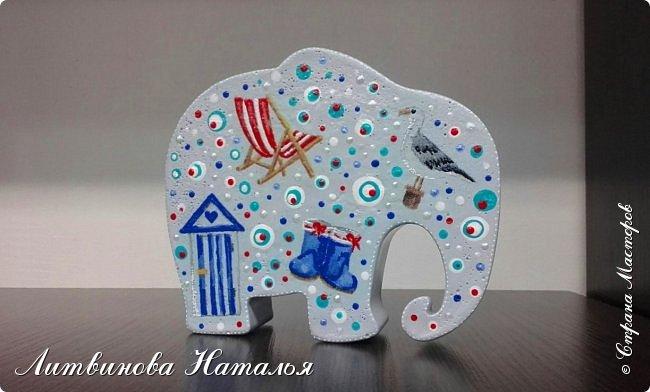 Захотелось мне повторить моего слоняшу-морячка....  Простите, фото на бегу Зацепил меня декупаж на них...... Первый был таким  http://stranamasterov.ru/node/1100044 фото 5