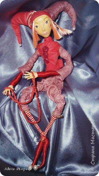 """Давно мечтал сделать куклу из папье-маше на проволочном каркасе и чтобы у ней крутились руки,ноги,голова.. Да всё не решался из-за мыслей : """"Ничего не получится"""" или """" Не мужское это занятие"""".. Но что делать с этим желанием и вдохновением ? С ними ведь не поспоришь ))) фото 1"""