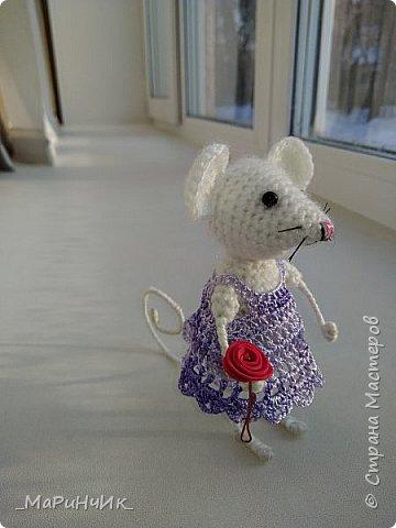 Мышка, связана по МК Елены Никитиной. Размер игрушки 7 см. фото 4
