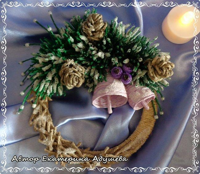 Здравствуете все кто заглянул на маю страничку!!!  Скоро Новый год, время сюрпризов и подарков, вот и пришла пора на их изготовление, решила в этом году а точнее на конец этого года сделать снежинки и декоративные веночки из льняного и джутового шпагата. фото 5