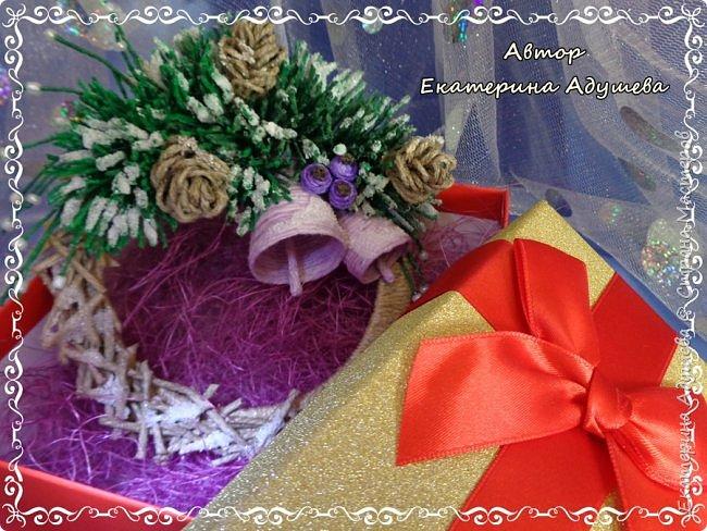 Здравствуете все кто заглянул на маю страничку!!!  Скоро Новый год, время сюрпризов и подарков, вот и пришла пора на их изготовление, решила в этом году а точнее на конец этого года сделать снежинки и декоративные веночки из льняного и джутового шпагата. фото 12