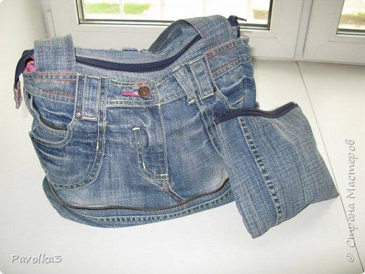 Купили икеевский страшненький диван в комнату ребёнку, со временем хочу сделать ее в джинсовой тематике, пока только начало фото 16