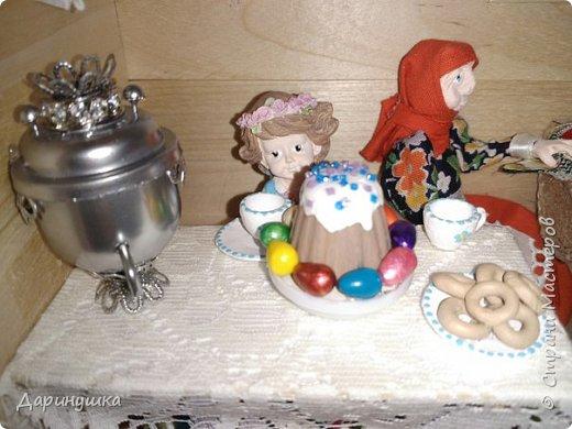 """Румбокс был сделан для участия в православном конкурсе - """" Пасхальное яйцо """". Картина с подсветкой. Дрова в печке """"горят"""", от икон исходит свечение. фото 8"""