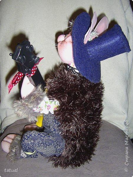 Всем привет! Посмотрите, какой замечательный кот получился сам собою. Это потому, что начала шить бабушку, а вышла звериная морда.  Пришлось дальше фантазировать уже в этом направлении.  Результат вышел просто чудесный! фото 5