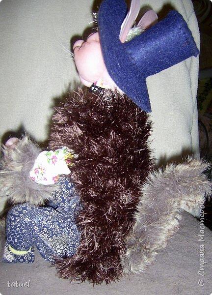 Всем привет! Посмотрите, какой замечательный кот получился сам собою. Это потому, что начала шить бабушку, а вышла звериная морда.  Пришлось дальше фантазировать уже в этом направлении.  Результат вышел просто чудесный! фото 11
