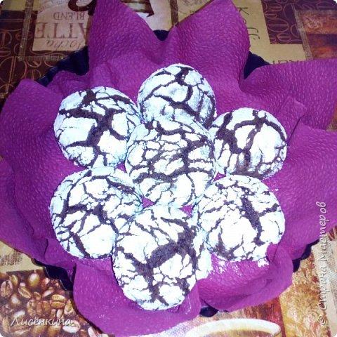 Добрый день. Сегодня хочу показать вам очень красивое и вкусное печенье. Минимум ингредиентов и максимум вкуса. Делается быстро и просто. Ваши гости равнодушными не останутся, этим печеньем можно удивить кого угодно))) фото 13