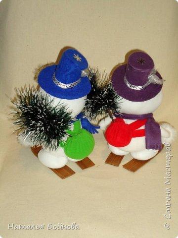 Весёлые Снеговики с подарками фото 5