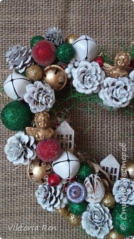 Здравствуйте!!! У меня сегодня небольшие рождественские веночки. фото 3