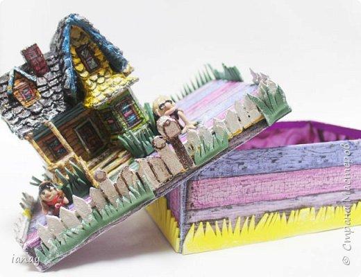 Коробка украшенная любимыми героями из мультфильма отлично поднимает настроение!В ней можно хранить бумагу, карандаши, маленькие игрушки и много всего! фото 1