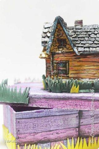Коробка украшенная любимыми героями из мультфильма отлично поднимает настроение!В ней можно хранить бумагу, карандаши, маленькие игрушки и много всего! фото 3