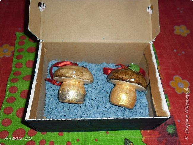 Елочные игрушки и их упаковка фото 4