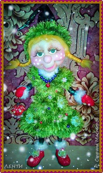 К новому году начинаешь готовится заранее. Это мой самый любимый праздник!!!!!!!! И мне захотелось сделать что то тёплое, мягкое и мультяшное. Вот так вот и родились мои Ёлочка и Снеговушечка )))  фото 3