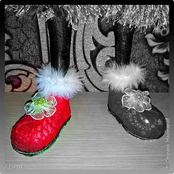 К новому году начинаешь готовится заранее. Это мой самый любимый праздник!!!!!!!! И мне захотелось сделать что то тёплое, мягкое и мультяшное. Вот так вот и родились мои Ёлочка и Снеговушечка )))  фото 5