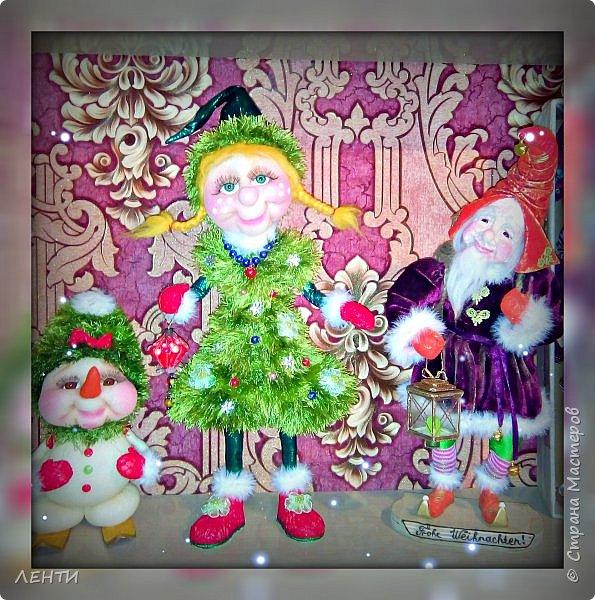 К новому году начинаешь готовится заранее. Это мой самый любимый праздник!!!!!!!! И мне захотелось сделать что то тёплое, мягкое и мультяшное. Вот так вот и родились мои Ёлочка и Снеговушечка )))  фото 9