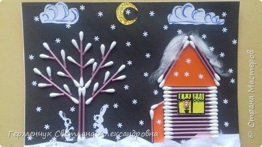 """Сегодня с ребятами 3 """"А"""" класса сделали аппликацию """" Зайкина избушка""""  из .ватных палочек .Как только закончили  работу,  пошел сильный снежок!!!   И ребята прокомментировали: """" Это Зимушка - зима обрадовалась ,что мы ее ждем  и  отправила снежинки на Землю!"""" Все вокруг стало белым-бело нарядным,чистым  !!! И ребятишки после уроков быстрее побежали   на площадку  -играть в снежки. фото 1"""