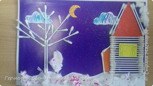 """Сегодня с ребятами 3 """"А"""" класса сделали аппликацию """" Зайкина избушка""""  из .ватных палочек .Как только закончили  работу,  пошел сильный снежок!!!   И ребята прокомментировали: """" Это Зимушка - зима обрадовалась ,что мы ее ждем  и  отправила снежинки на Землю!"""" Все вокруг стало белым-бело нарядным,чистым  !!! И ребятишки после уроков быстрее побежали   на площадку  -играть в снежки. фото 13"""