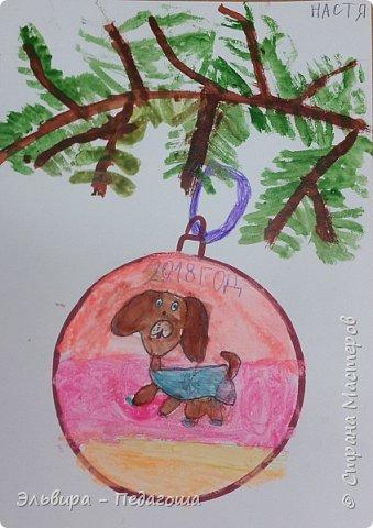 """Скоро-скоро Новый Год, На санях примчится. Вот уже, наверно, он К нам в окно стучится. (Автор  частушки неизвестен)  Пора наряжать ёлку! Итак,  открываем традиционную """"Мастерскую Деда Мороза"""" и первыми в нашей программе будут ёлочные шарики. фото 1"""