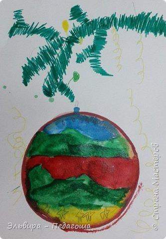 """Скоро-скоро Новый Год, На санях примчится. Вот уже, наверно, он К нам в окно стучится. (Автор  частушки неизвестен)  Пора наряжать ёлку! Итак,  открываем традиционную """"Мастерскую Деда Мороза"""" и первыми в нашей программе будут ёлочные шарики. фото 15"""