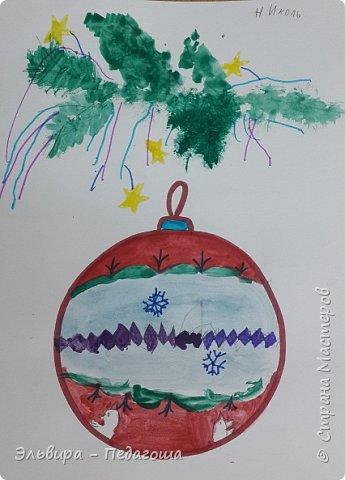 """Скоро-скоро Новый Год, На санях примчится. Вот уже, наверно, он К нам в окно стучится. (Автор  частушки неизвестен)  Пора наряжать ёлку! Итак,  открываем традиционную """"Мастерскую Деда Мороза"""" и первыми в нашей программе будут ёлочные шарики. фото 16"""