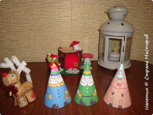 Доброй ночи! Хочу поделиться с вами, как у нас ожидается приближение Нового Года).  Огромное спасибо Наталье Власовой за это чудо!!!    http://pochemu4ka.ru/load/zima_novyj_god/kalendar_ozhidanija_advent_kalendar/kalendar_ozhidanija_novogo_goda/503-1-0-1251  фото 17