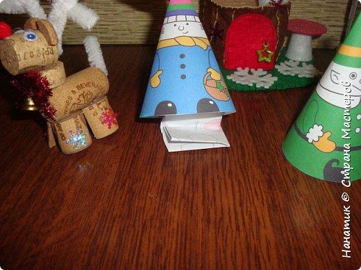 Доброй ночи! Хочу поделиться с вами, как у нас ожидается приближение Нового Года).  Огромное спасибо Наталье Власовой за это чудо!!!    http://pochemu4ka.ru/load/zima_novyj_god/kalendar_ozhidanija_advent_kalendar/kalendar_ozhidanija_novogo_goda/503-1-0-1251  фото 23