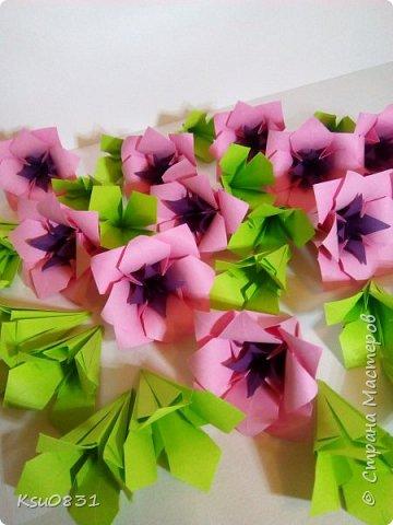 Основа ложная Электра 4х4, цветы розовый квадрат 8х8 середина 5х5, листья 7х7 фото 5