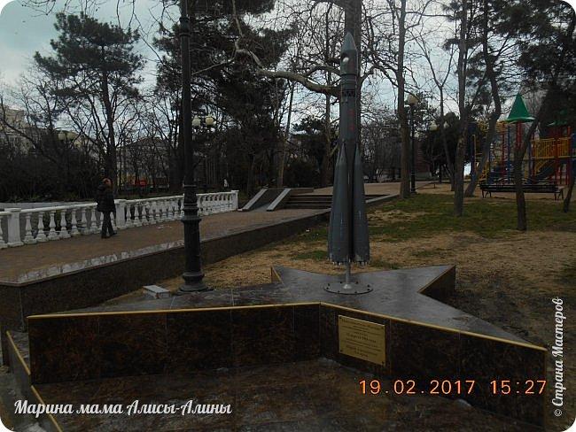 Прошлой зимой муж ездил по делам в Новороссийск. Новоросси́йск — город на юге России в Краснодарском крае.  Расположен на юго-западе края, на побережье Цемесской (Новороссийской) бухты Чёрного моря. фото 40