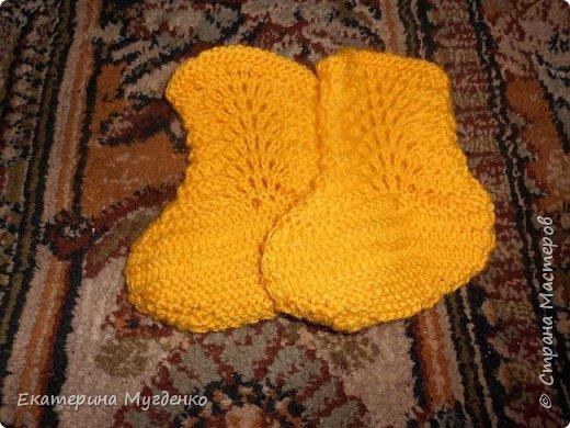 Носочки детские связанные спицами