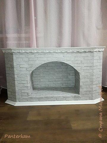 Коробка от телевизора превращается в симпатичный камин)