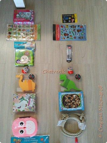 В этом году делала два Адвент -календаря. Идей в интернете масса. Покажу свою реализацию. Материалы, инструменты: втулки от туалетной бумаги, картон, клей, упаковочная бумага, джутовая нить, ножницы. фото 3