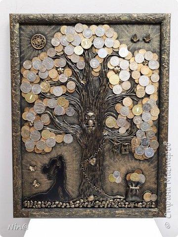 """Всем доброго времени суток! Это """"Денежное дерево"""" - повторение, я сделала его по заказу.  Огромное спасибо всем мастерам за подробный мастер-класс!!! Тани Сорокиной в МК скручивания жгутиков (http://stranamasterov.ru/node/308701), m_a_r_i_n_a http://stranamasterov.ru/node/578436?c=favorite_c. Размер панно-картины 30х40. Мастер-класс находится здесь http://stranamasterov.ru/node/1117614 . Описание символики, присутствующей на панно, можно прочесть здесь - http://stranamasterov.ru/node/1088729. фото 7"""