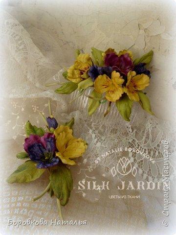 Цветы из кожи фото 2