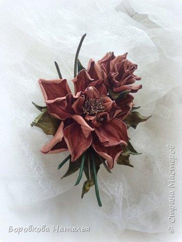 Цветы из кожи фото 8