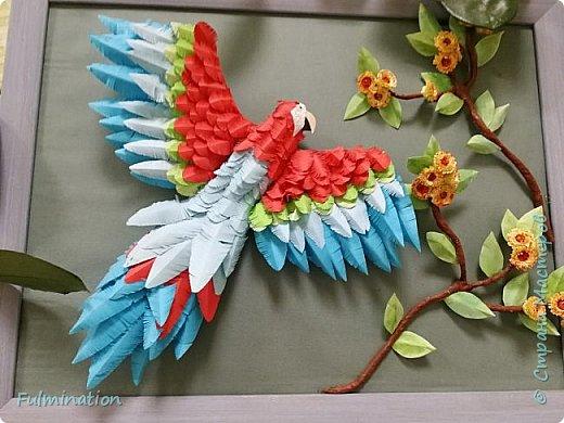 """""""Райская птица"""", выполнена из цветной офисной бумаги."""