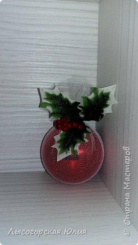 Всем здравствуйте!  Оформила еще несколько шариков новогодних и в садик на выставку ёлочку. фото 14