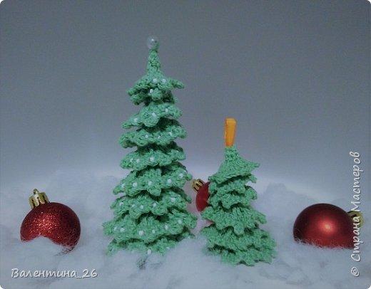 Каждый год хочется новых праздничных украшений! Решила связать елку. Поэкспериментировала со спиралькой.  фото 1