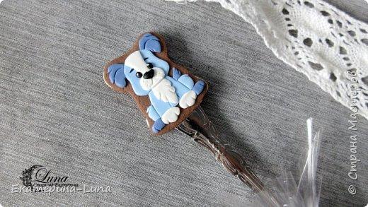 Ложка с пряничной собачкой из полимерной глины фото 2