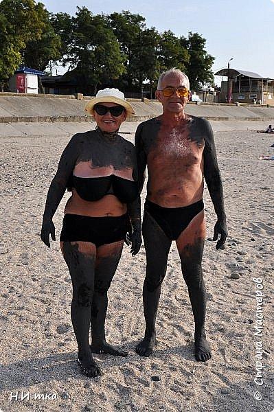 Побывала я нынче в тёплых краях в сентябре. В моей ладони ракушечник с пляжа Азовского моря.  Начну с Краснодара, и расскажу всё по порядку. фото 39