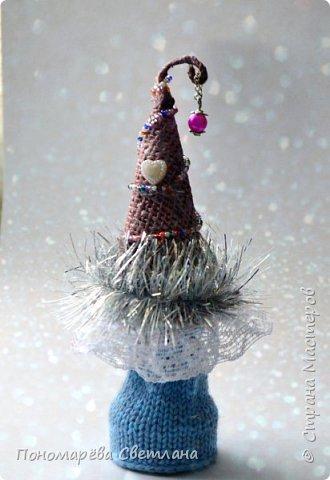Готовимся к Новому Году. Очаровательные, маленькие сувенирные ёлочки. Подготовлены к Рождественской ярмарке.  фото 2