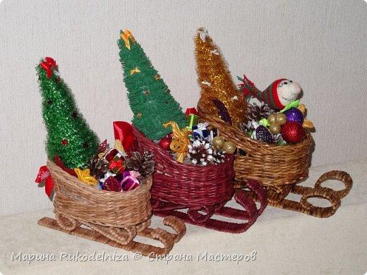 Чудные сани едут сами! В них елки и подарки для моих друзей. фото 5
