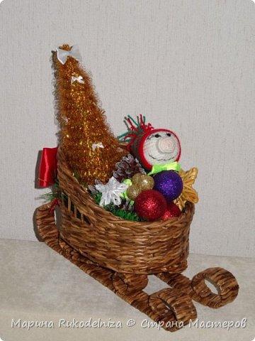 Чудные сани едут сами! В них елки и подарки для моих друзей. фото 3