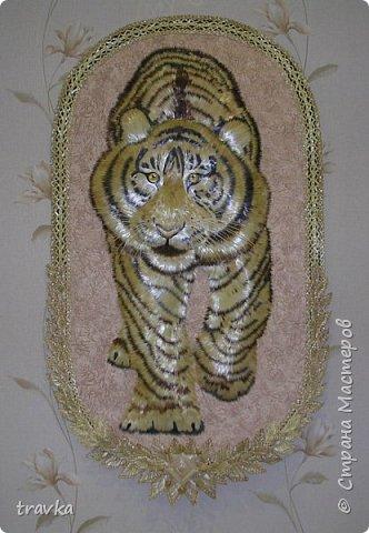Друзья мои, вот такого большинького тигра смастерила 1м. 10см. х 60см. Работа имеет небольшой объём.Большие работы делать понравилось... Больше детальной проработки. фото 1