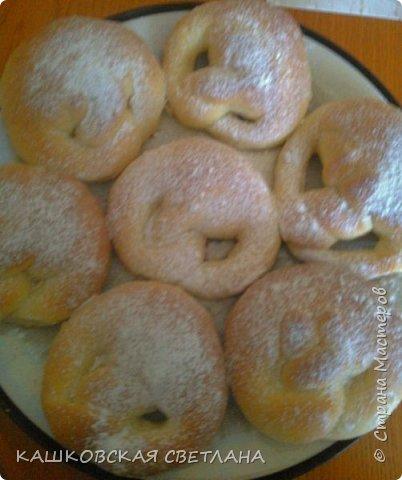 Сахарный пирог - невозможная вкуснятина, больше на торт похож. фото 9