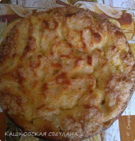 Сахарный пирог - невозможная вкуснятина, больше на торт похож. фото 1
