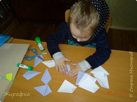 Маленькая снежинка Миланы, жёлтая Кристины  и бело-фиолетовая, хотя по фото этого и не скажешь, Даши. фото 7