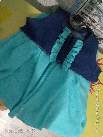 Ткань, голубую, дала мама крестницы. На пошив любого платья, сарафанчика или чего-нибудь, что получится.  фото 5
