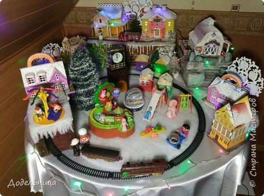 Решила сделать для внука Рождественский городок. фото 1