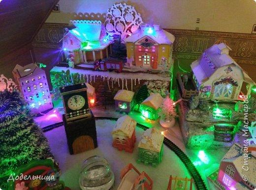 Решила сделать для внука Рождественский городок. фото 7
