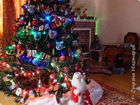 """Зима обходит всю планету, И бродит сказка с ней по свету,  Под Новый Год заходит в дом И мы ее сегодня ждем.  Она уже в пути теперь.  И скоро постучится в дверь.      С детства своего я люблю этот удивительный праздник волшебства! И теперь став бабушкой стараюсь для своих внучек делать праздник чудес и волшебства!! Делала игрушки своими руками набор игрушек """"Детки"""" фото 9"""